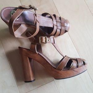 TORY BURCH brown leather platform heels
